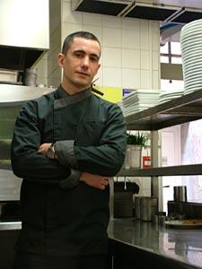 Guillaume Raoul, jeune chef de la Parenthèse, restaurant à Uzès