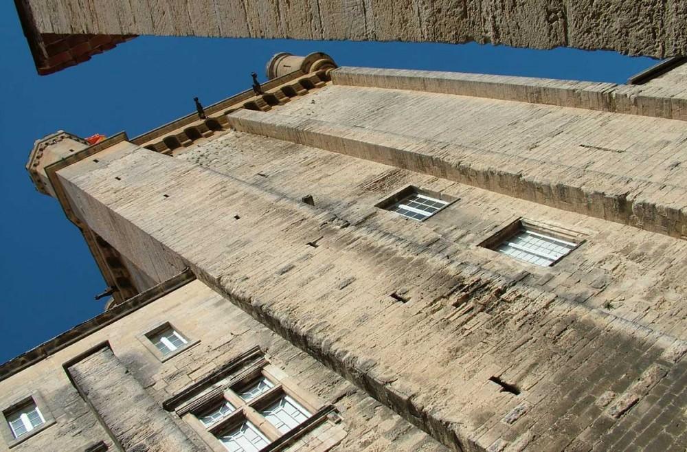 Une des tours du Duché d'Uzès